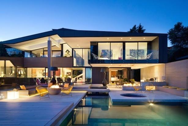Groveland-House-Mcleod-Bovell-00-590x608