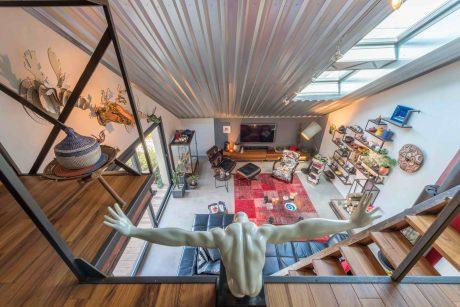 et espaces atypiques bourgogne vit le jour. Black Bedroom Furniture Sets. Home Design Ideas