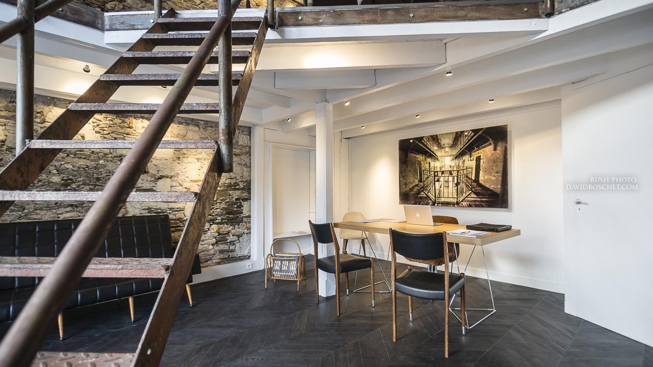 l agence de nantes prend ses nouveaux quartiers dans une ancienne galerie. Black Bedroom Furniture Sets. Home Design Ideas