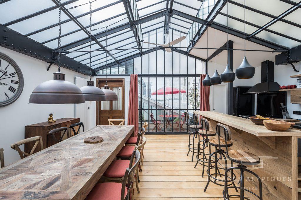 Loft avec patio et terrasse dans une ancienne imprimerie